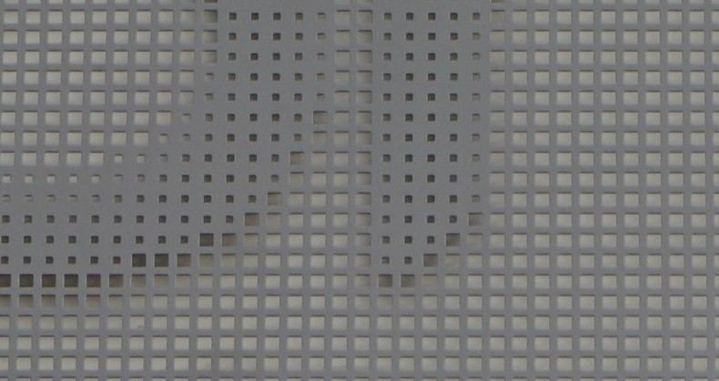 pixellisation-perforation-april-acianov-4